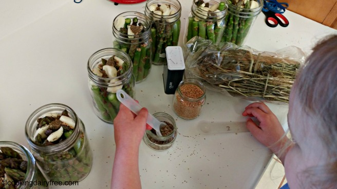 Adding Spice to Pickled Asparagus